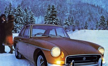 MGB GT 1971 in the snow