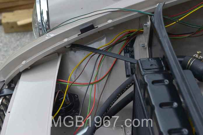 New light and horn wiring MGB GT