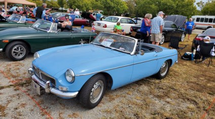 AMGBA Meet 2019 - 2nd place Chrome Bumper MGB - Susan Beck, '63 blue MGB, Spartanburg, SC