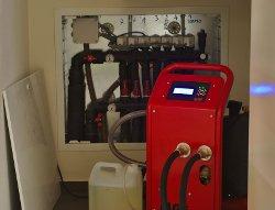 pompa lavaggio impianti Twister, l'unica con display retroilluminato