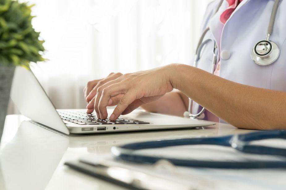 electronic health.jpg