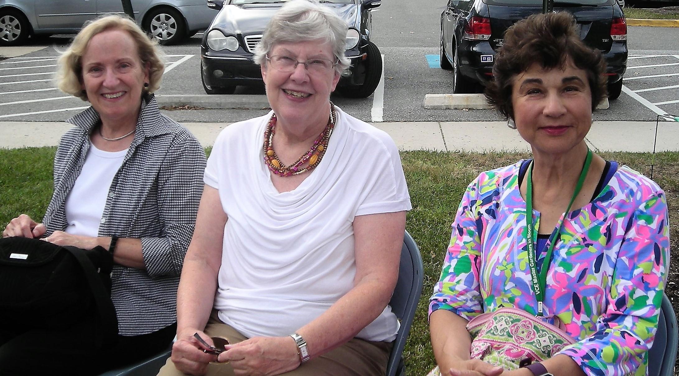Edna Mancias, Molly Newton and