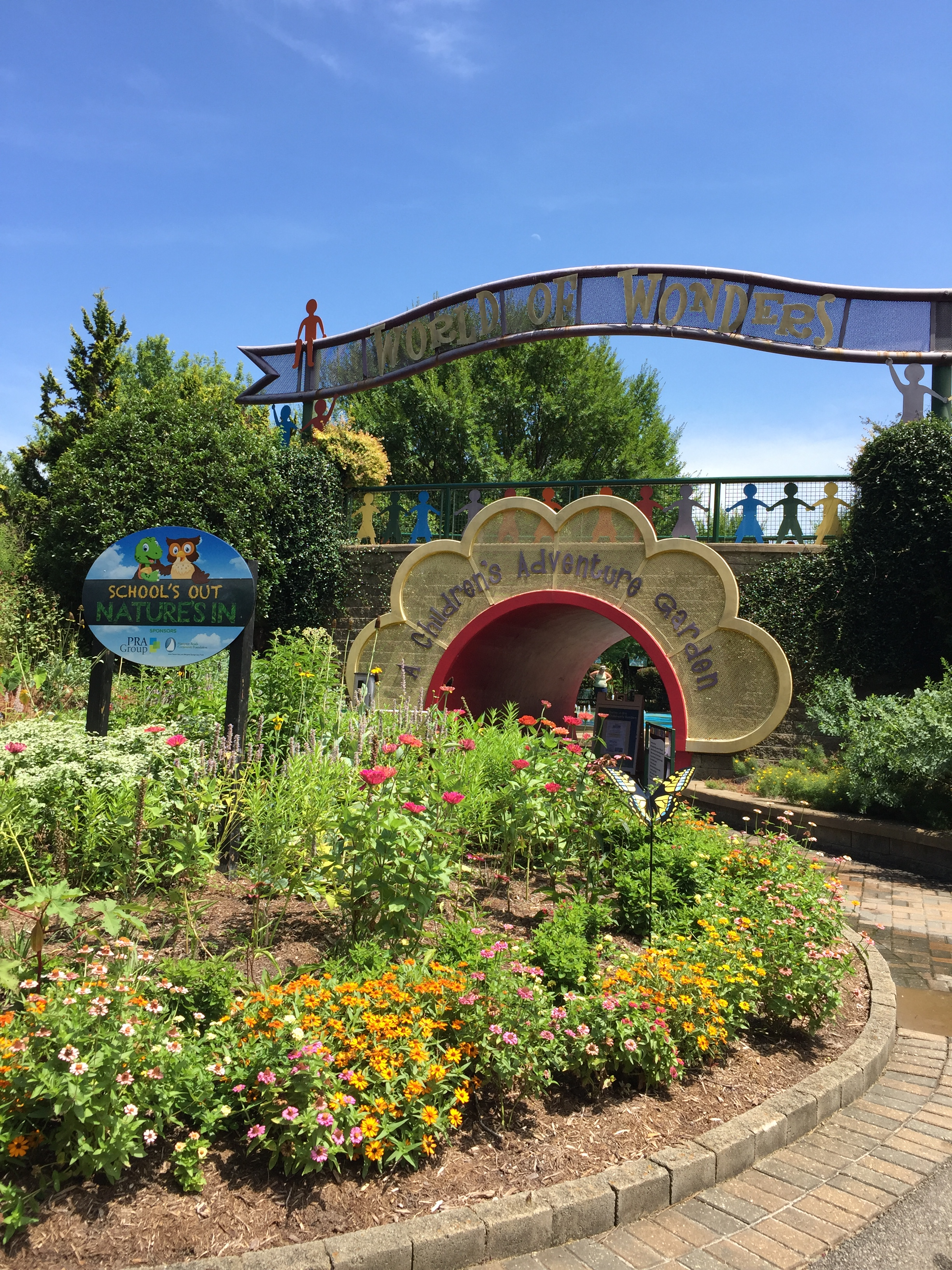 The World of Wonder Garden welcomes children and their parents for staff- or family-guided activities. Photo ©2018 Elaine Mills.