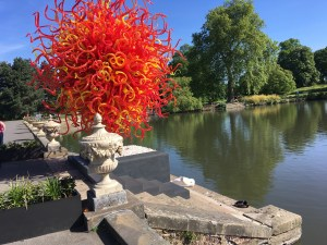 """Summer Sun,"" blown glass and steel sculpture by Dale Chihuly, at Royal Botanic Gardens, Kew, London, England Photo © 2019 Nancy Smith Brooks"
