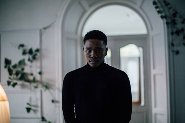 Langa_Mavuso_releases_visuals_for_his_song_pretend