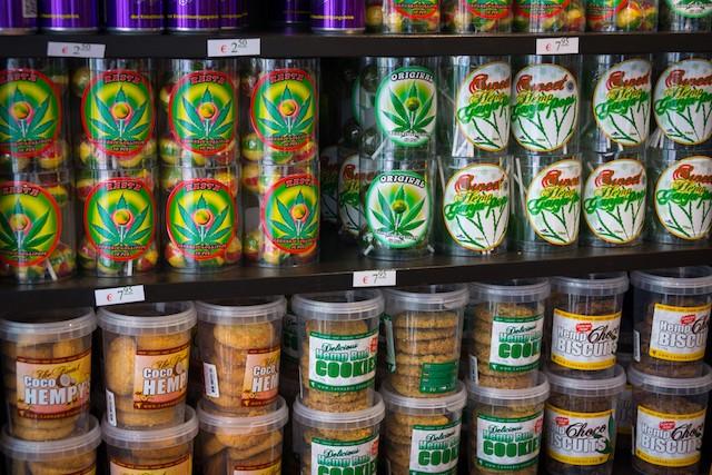 4/20, retailing, marijuana