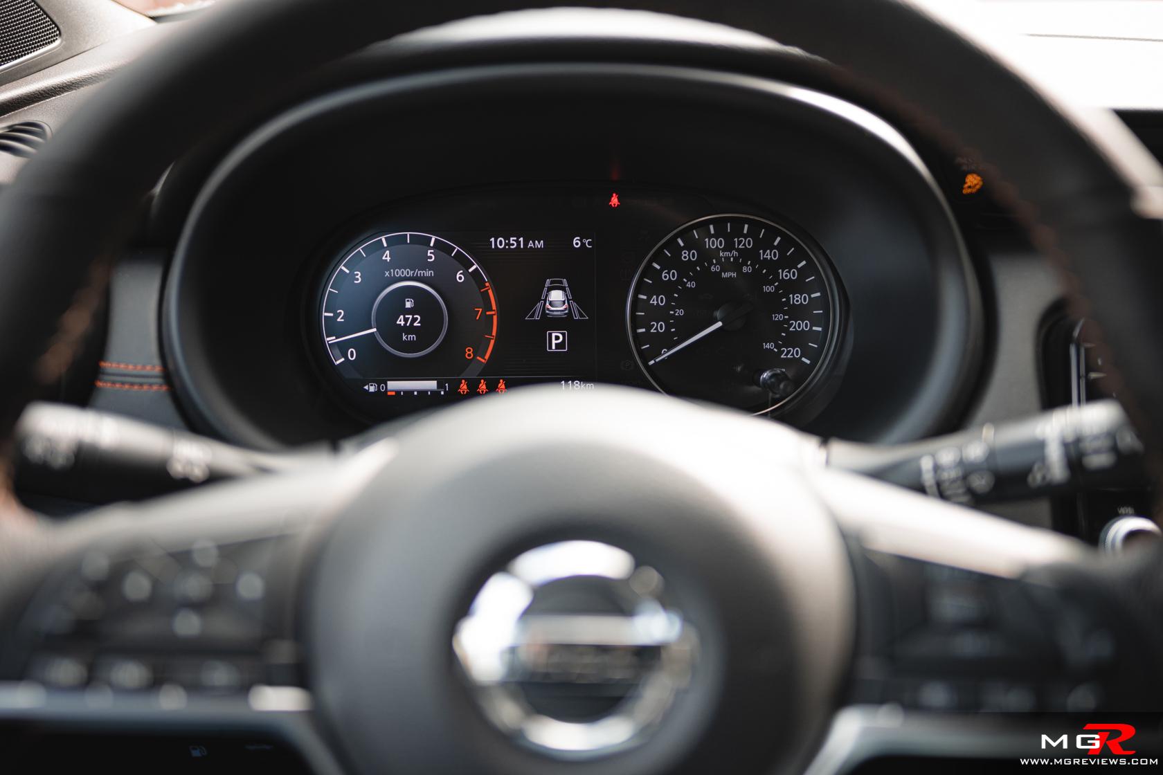 2021 Nissan Kicks SR Interior