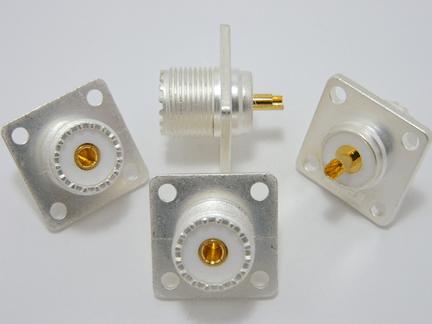 SO-239, UHF-female, silver / Teflon, 4 hole panel mount (P/N: 7511)