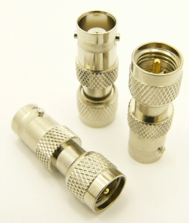 BNC-female / mini-UHF-male Adapter (P/N: 7607)
