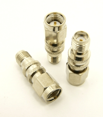 SMA-male / SMA-female Adapter, Extension (P/N: 7845)