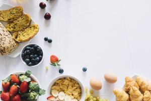 serie de platos de comida sana
