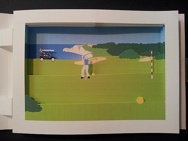 Carte pop-up en diorama sur le thème du golf, détail