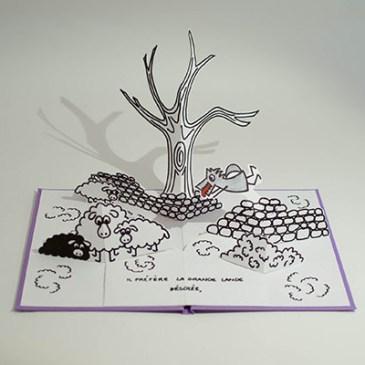 """Projet livre pop-up """"Variation pour un loup et un jardin potager"""", loup dans la lande, face"""