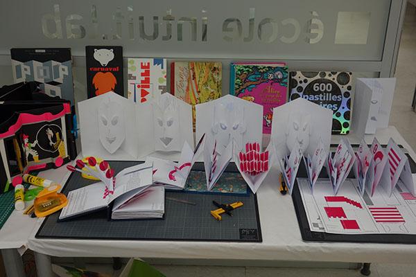 Livres présentés et fiches techniques conçues par Michel Ferrier pour la formation pop-up à intuit lab Paris du 18 au 20 avril 2016 © Michel Ferrier