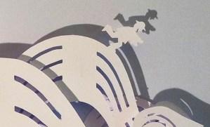 Projet de livre pop-up, Le bonheur… d'après Paul Fort, Flammarion Jeunesse. Détail pop-up strophe 5, personnage et flots du sourcelet
