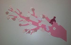 Elément de vitrine librairies, branche de cerisier