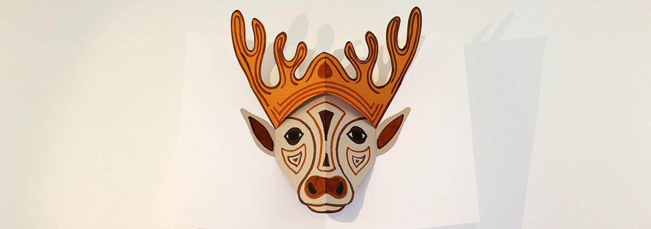 Atelier pop-up autour du masque, carte pop-up avec modèle de masque animal de cerf