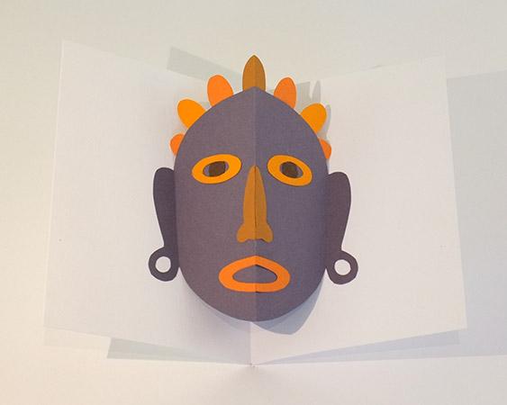 Atelier pop-up autour du masque version avec décorations en papier découpé