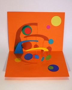 Atelier pop-up autour de l'univers de Calder avec mobile suspendu
