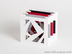 Livre d'artiste tunnel, modèle Abstraction blanc, vue de côté