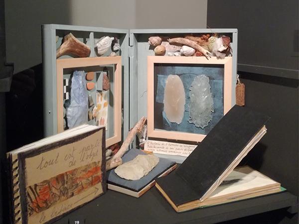 Musée royal de Mariemont, Belgique, exposition Le livre. Variations et déclinaisons IV. Livre d'artiste de Sylvie-Anne Debrichy