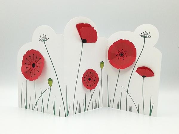 Frise décorative en 3 panneaux avec fleurs de coquelicot, vue de face