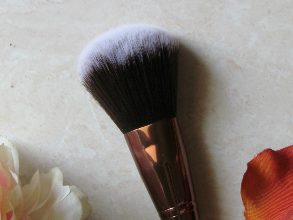 LuxieBeauty_MakeupBrushes_2