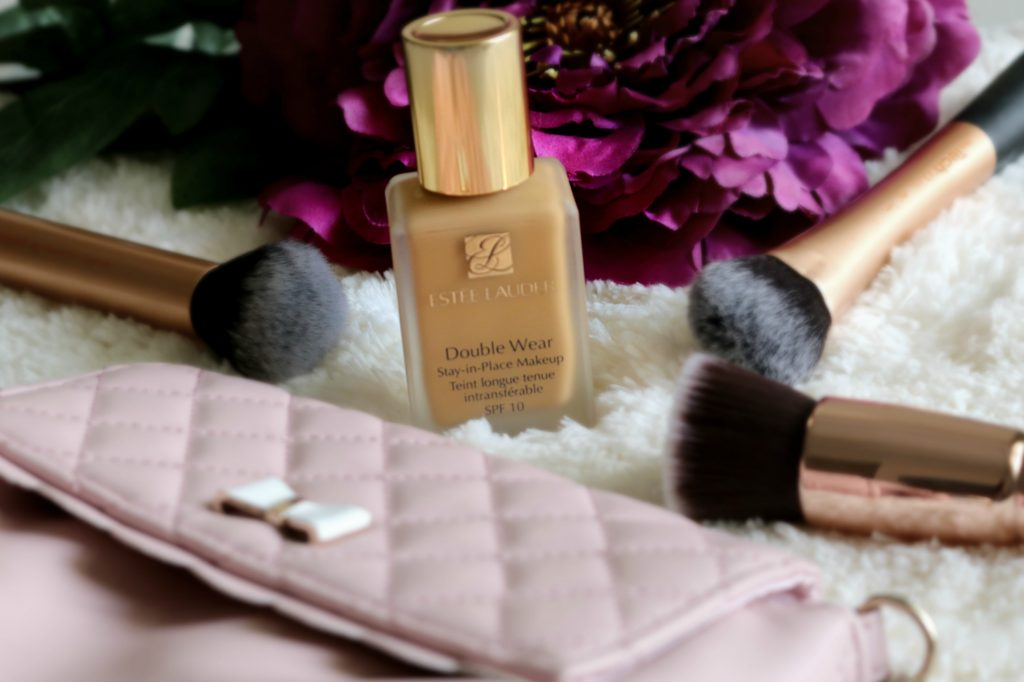 Estee Lauder Double Wear Stay-in-Place Makeup swatches