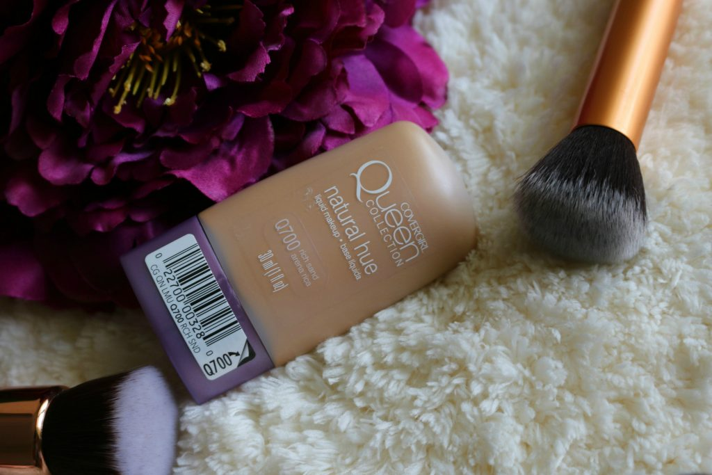 CoverGirl Queen Collection Natural Hue Compact Foundation rich sand
