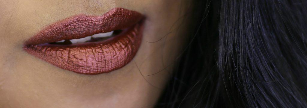 Milani Amore Matte Metallic Lip Crème -02 Matterialistic