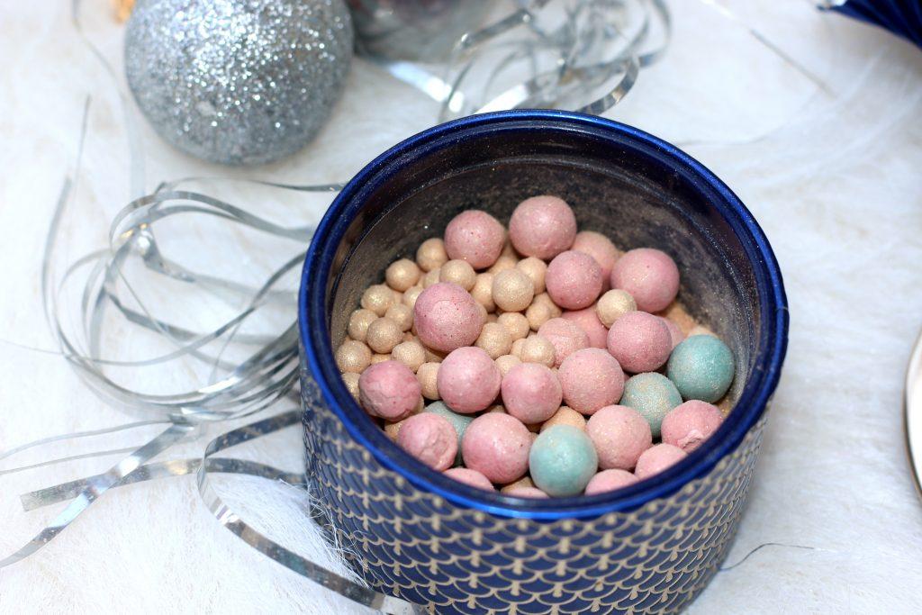 Guerlain Météorites Illuminating Powder Pearls - Rosy Pink, Shimmering Gold, Aqua Blue
