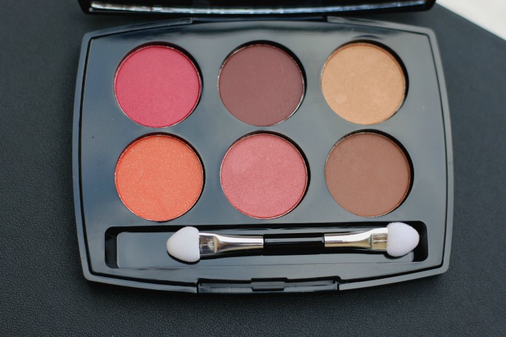 Lakmé Absolute Illuminating Eyeshadow Palette swatches and review