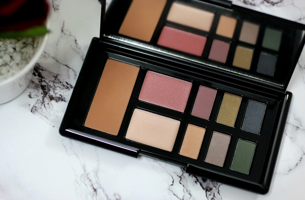 rosie for autograph make-up palette, m&s anniversary palette, m&s rosie for autograph make-up palette review, m&s rosie for autograph make-up palette price, m&s anniversary palette review, marks and spencers face palette, makeup palette, marks and spencers makeup palette review, marks and spencers anniversary palette