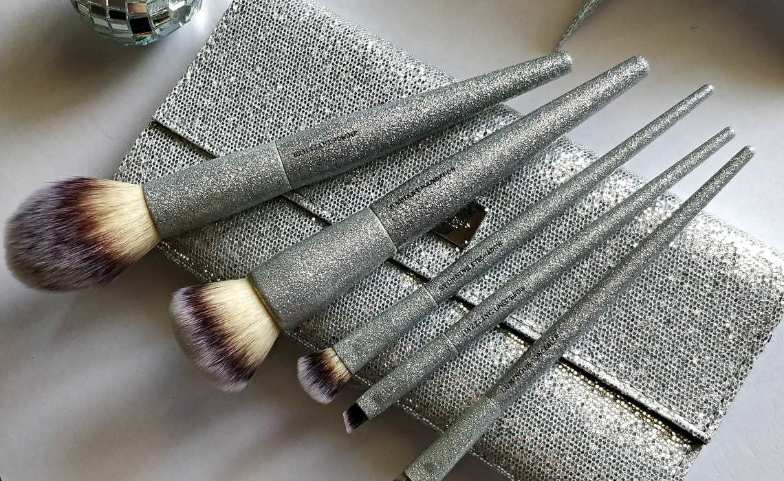 IT Cosmetics All That Glitters Brush Set | Holiday Gifts
