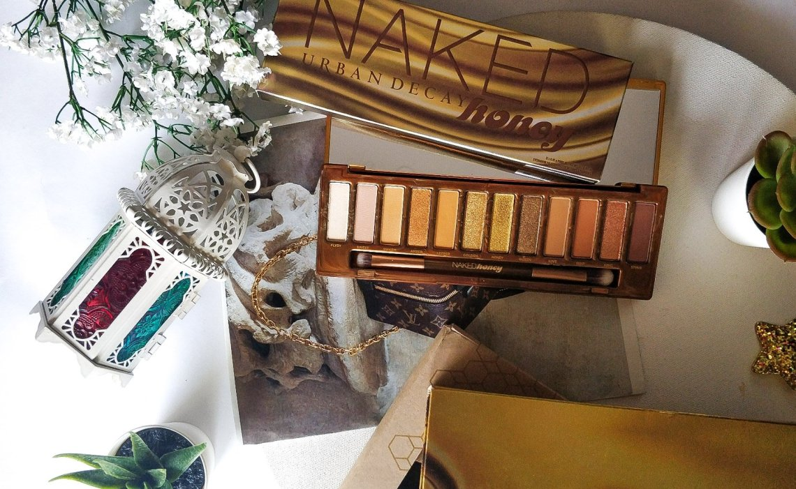 urban decay naked honey eyeshadow palette, urban decay naked honey, buy urban decay naked honey palette, urban decay naked honey palette swatches, naked honey palette, yellow toned eyeshadow palette, best urban decay eye palette, naked honey eyeshadow palette review, naked honey eyeshadow palette swatches,