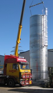 Barton silo being installed at Speciality Breads' new Margate site
