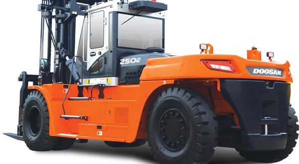 Doosan's largest ever BIG forklift trucks enter production