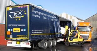 JJX Logistics expand the fleet with flexible loading curtainsiders from Krone