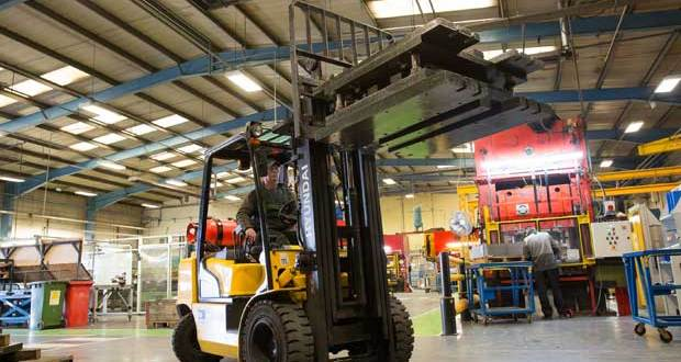 Hyundai forklifts aim for the ceiling at Armstrong World Industries