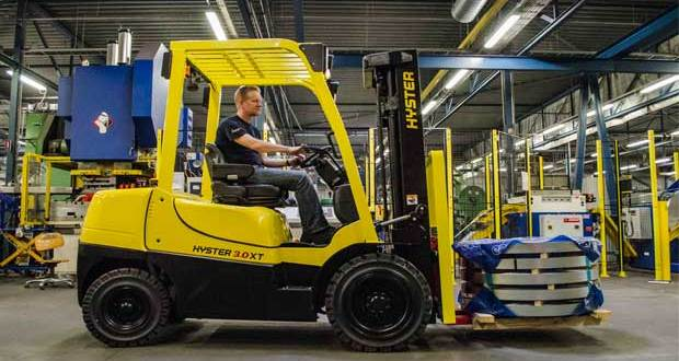 Tough new Hyster® XT forklift series for everyday operations everywhere
