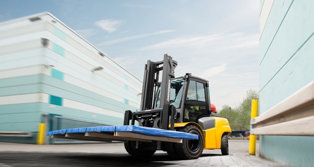 Jungheinrich achieves new heights with Series 5 I.C. engine powered counterbalance trucks