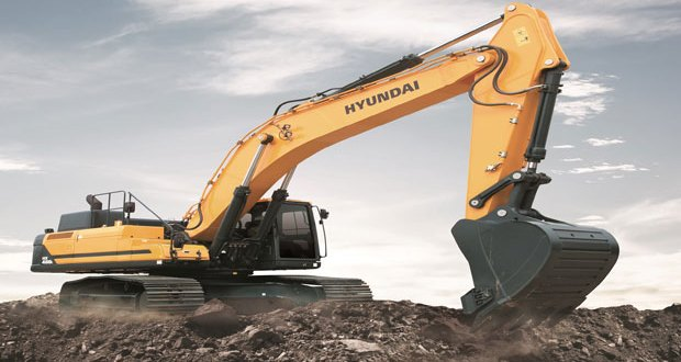 Hyundai's HX480 L crawler excavator makes its world exhibition debut at Hillhead