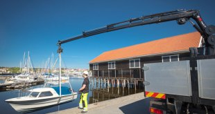 Hiab renews its mid range loader cranes and launches light and compact HIAB X-HiPro 232