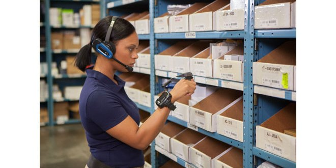 Renovotec wearable warehousing device promotion at IntraLogisteX 2017 6 for 5 on stand