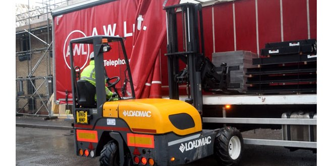 AW Lumb choose Loadmac for two new truck-mounted forklifts