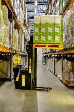 Hyster has launched a new 2 tonne capacity pedestrian stacker