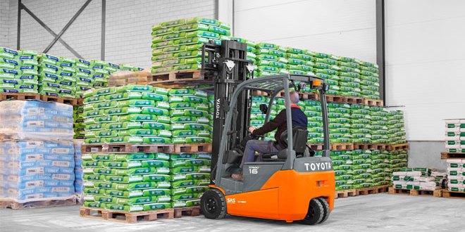 Energy efficient Toyota Material Handling Traigo 48 wins FLTA category award