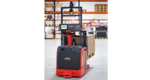 Linde Material Handling showcases latest robotic truck at IntraLogisteX