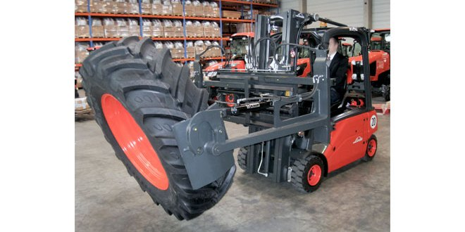 KAUP attachments provide safe and effective tyre handling solutions