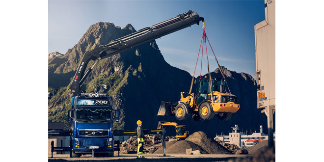 Hiab receives loader crane orders from customers in UK